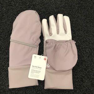 NWT Lululemon Run Fast Gloves